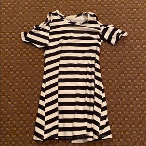 Other - Girls black and white dress